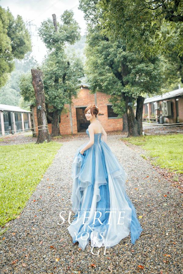 自助婚紗 | 力鈞+佩亭  PREWEDDING GT拍攝 |國內婚紗|台中婚紗